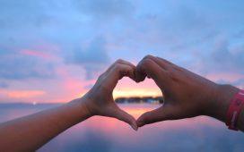 5 طرق تمكنك من التعبير عن الحب لشريكك
