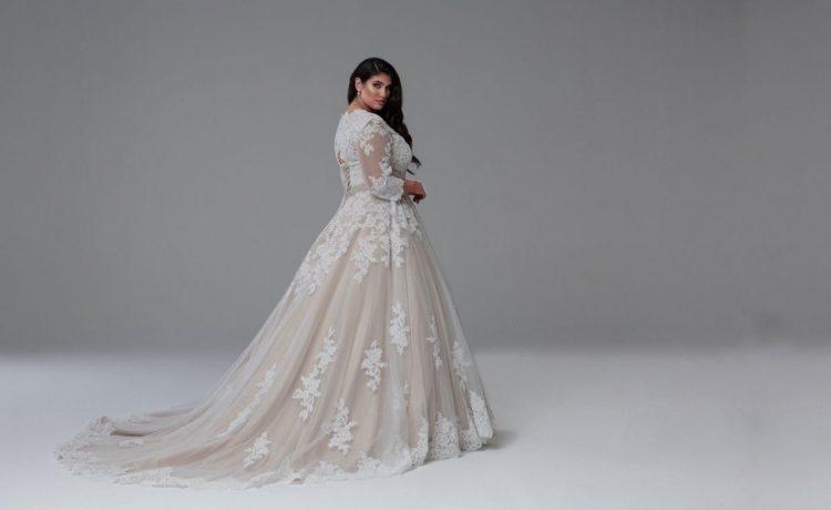 10 نصائح لاختيار فستان الزفاف للعروس صاحبة الجسم الممتلئ