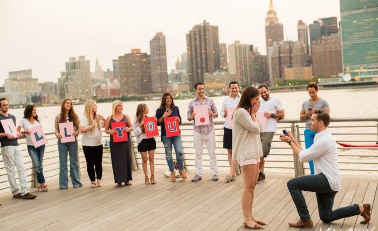 10 طرق رومنسية لطلب الزواج