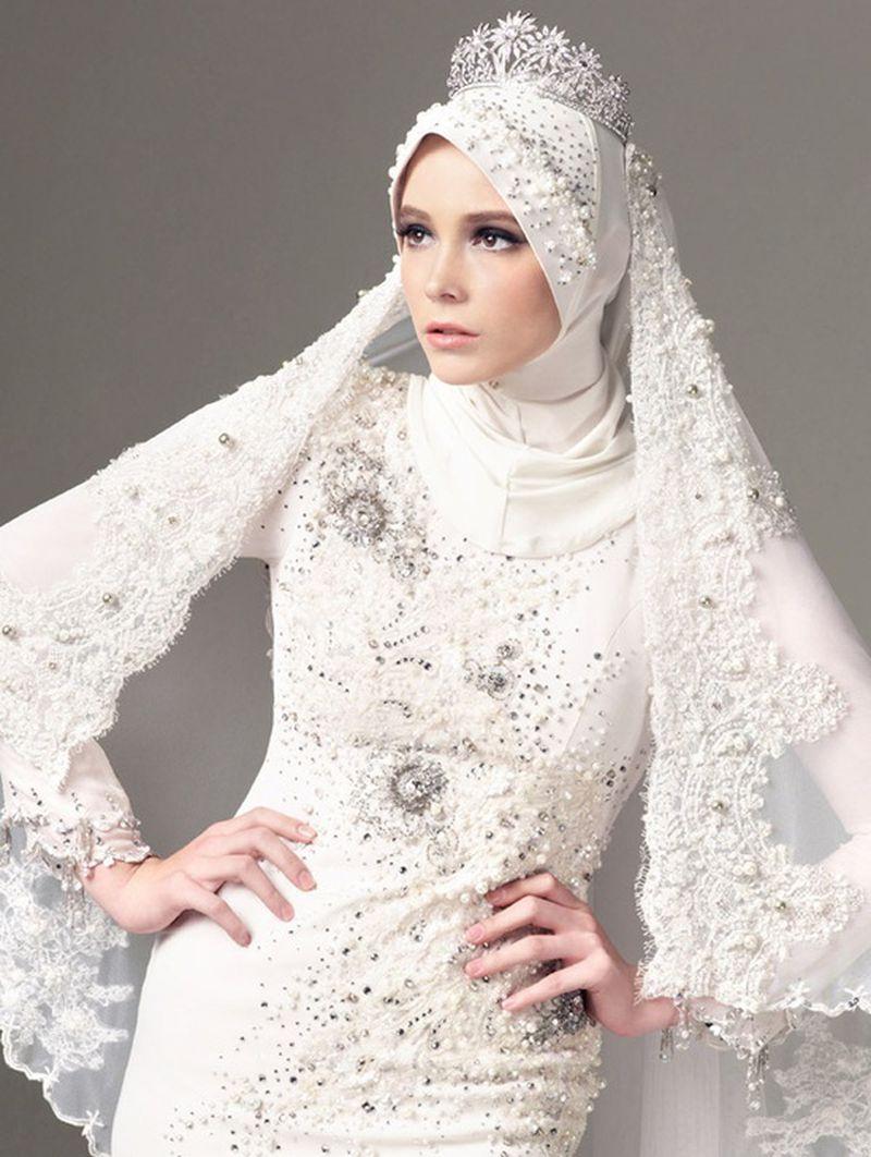 فساتين زفاف المحجبات بتصميم كلاسيكي