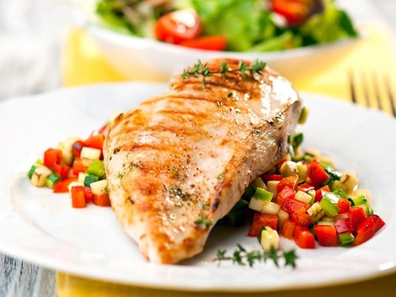 وصفة صدور دجاج دايت مع الخضار