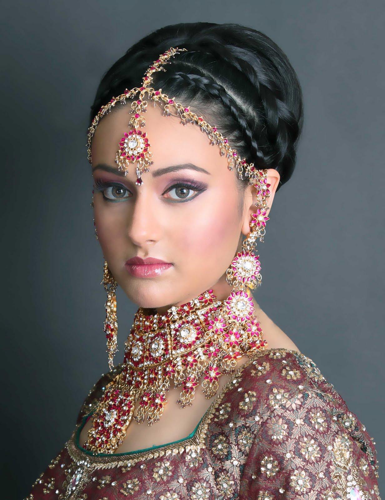 تسريحة شعر هندية