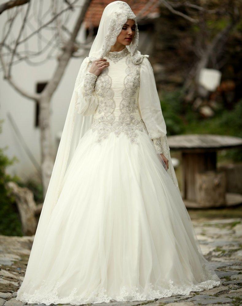 فساتين زفاف المحجبات بلمسات تركية