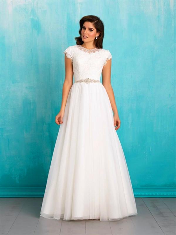 فستان زفاف بدون أكمام