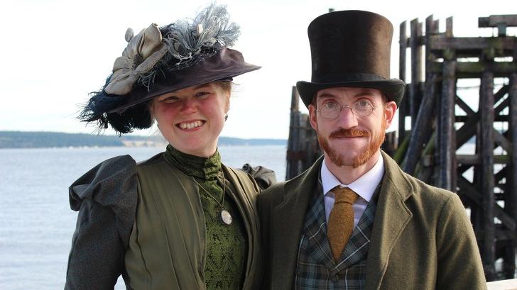 زوجان يعيشان في القرن 19