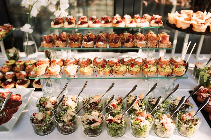 وليمة الزفاف