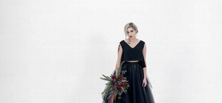 فستان زفاف أسود