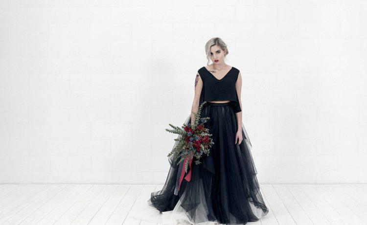 d5344d2cc 11 فستان زفاف أسود لإطلالة خيالية يوم الزفاف – مجلة عروس