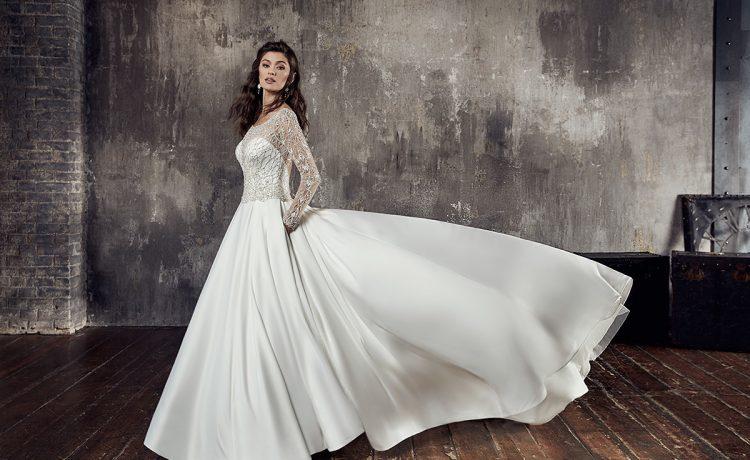 3e1eab5c1 فساتين زفاف بكم طويل تصاميم متنوعة عليك رؤيتها قبل يوم زفافك – مجلة عروس