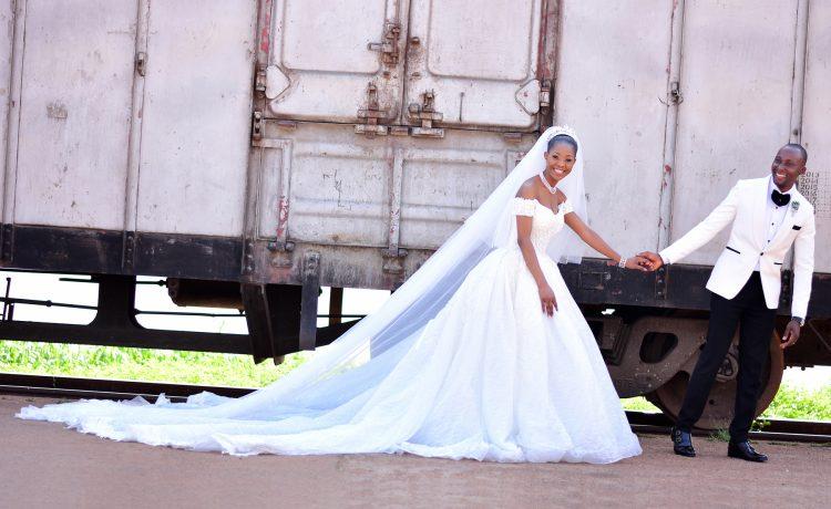 فستان زفاف كاريزما