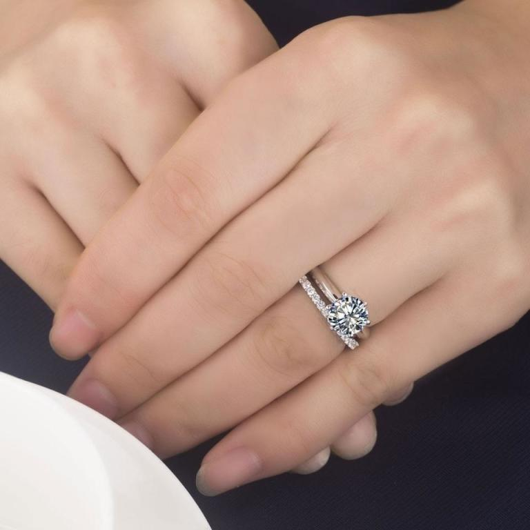 خاتم ألماسي مزدوج