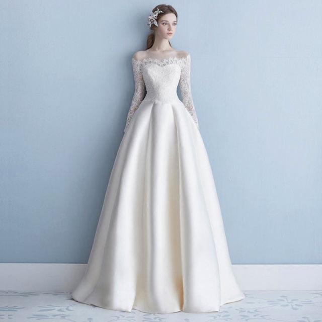 فستان زفاف كم دانتيل
