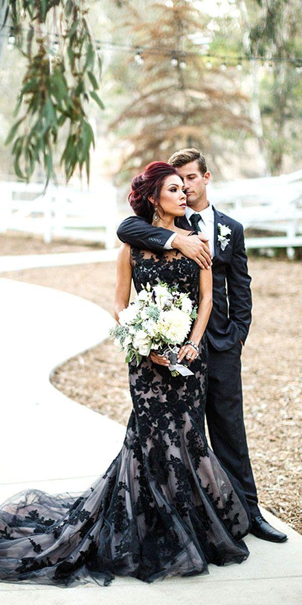 فستان زفاف موشى بالبياض
