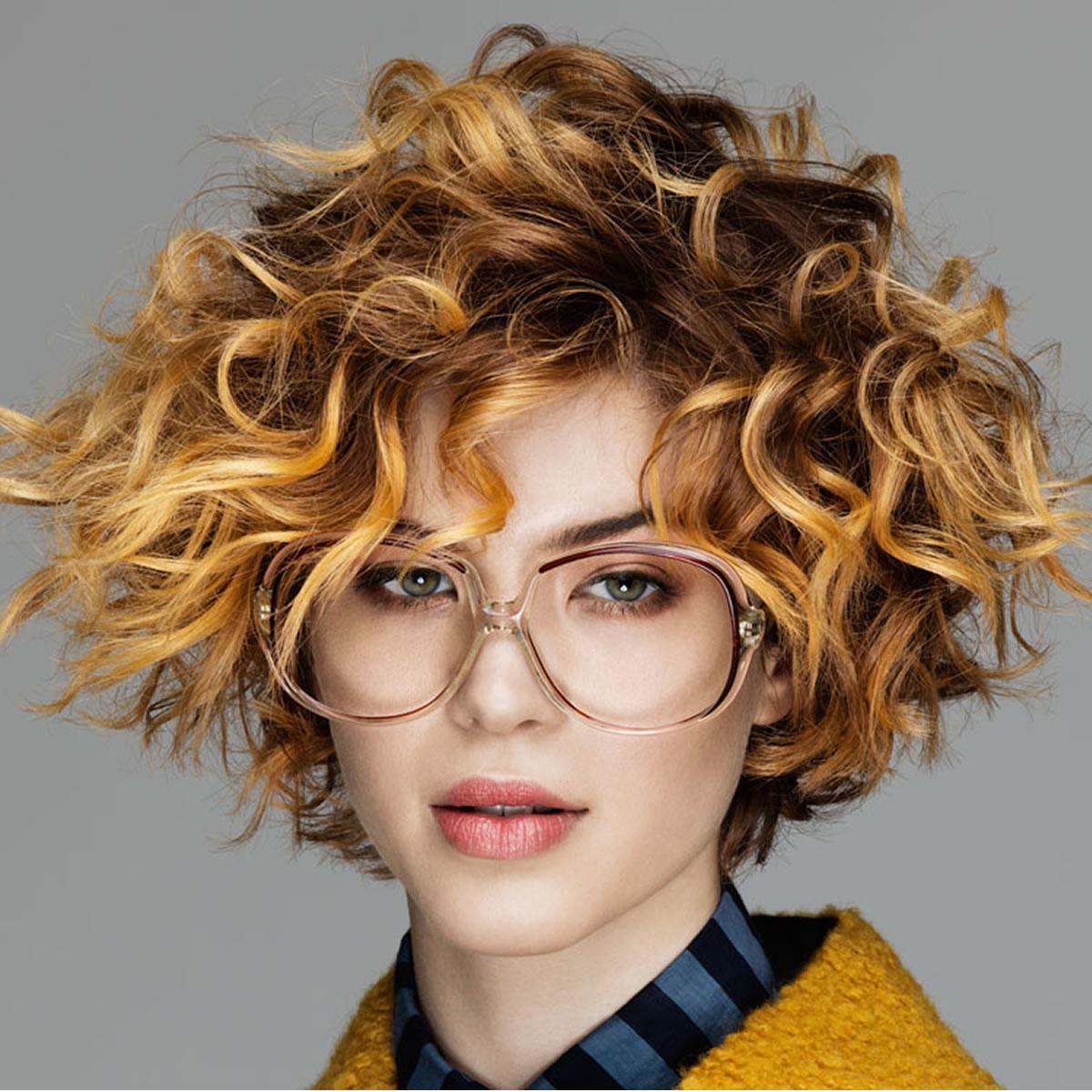 الشعر الكيرلي القصير