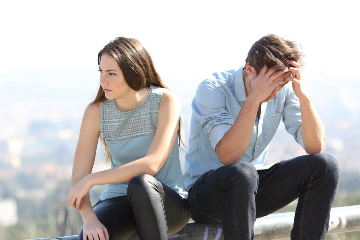 أسباب المشاكل العاطفية