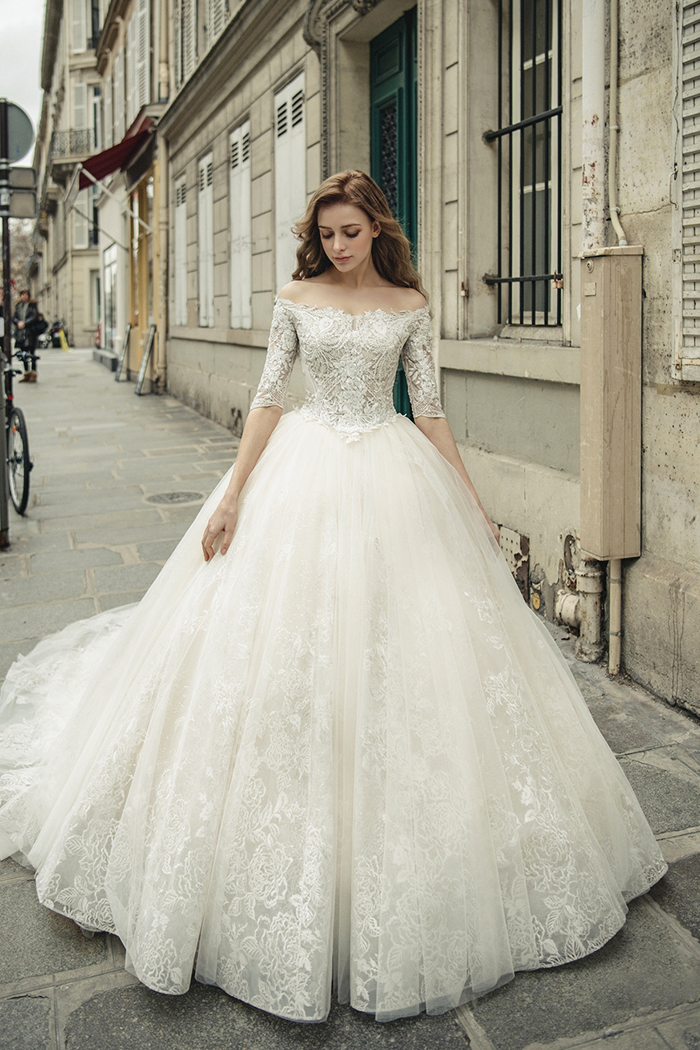 فستان زفاف تقليدي