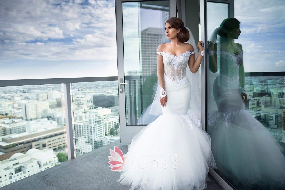 فستان زفاف على شكل سمكة