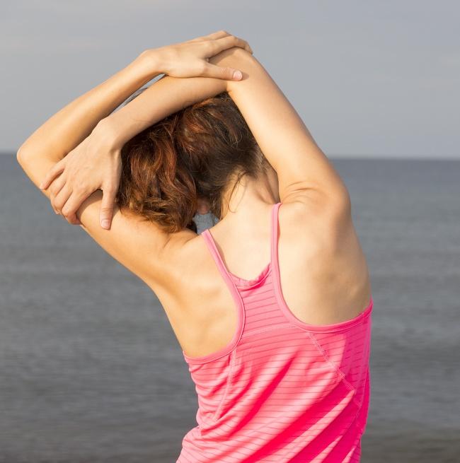 تمرين تمديد العضلة ذات الثلاثة رؤوس تمارين اليوغا