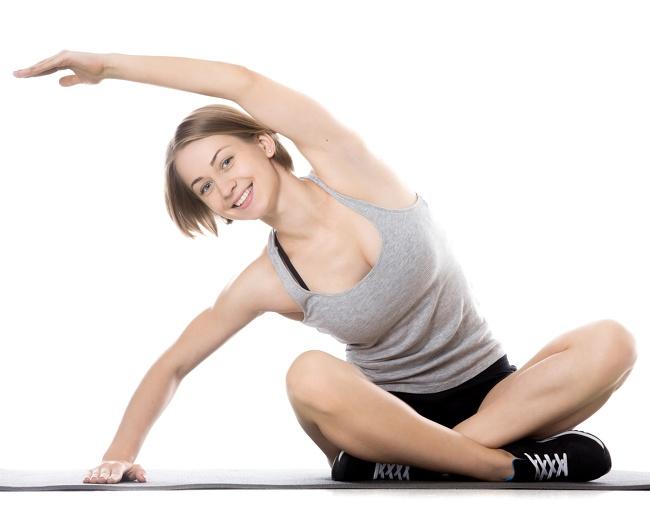 تمرين الانحناء الجانبي أثناء الجلوس تمارين اليوغا