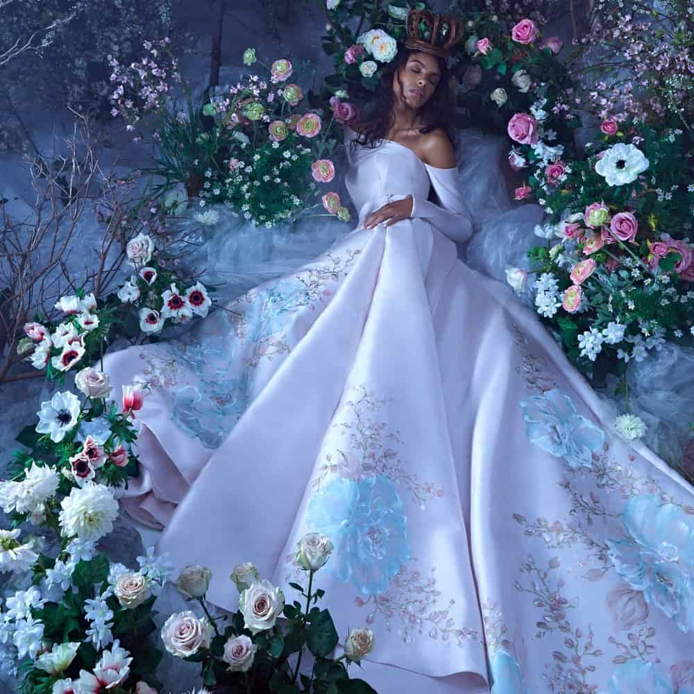 """فستان زفاف حديقة الزهور من تصميم """"إيناس دي سانتو"""""""