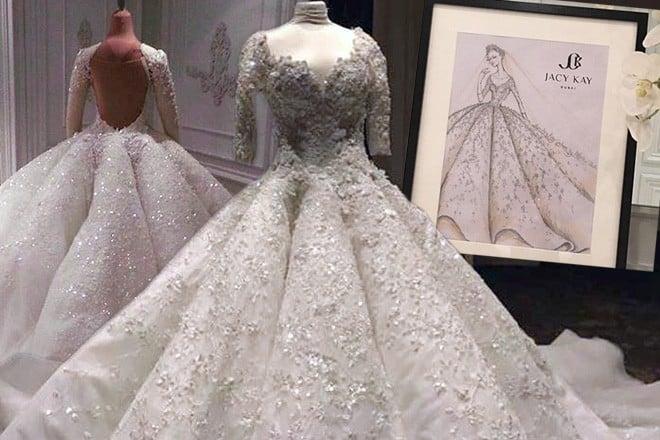 نقوش الفستان الزفاف