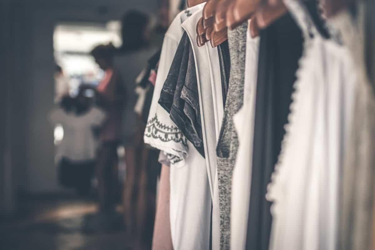 الثياب المناسبة