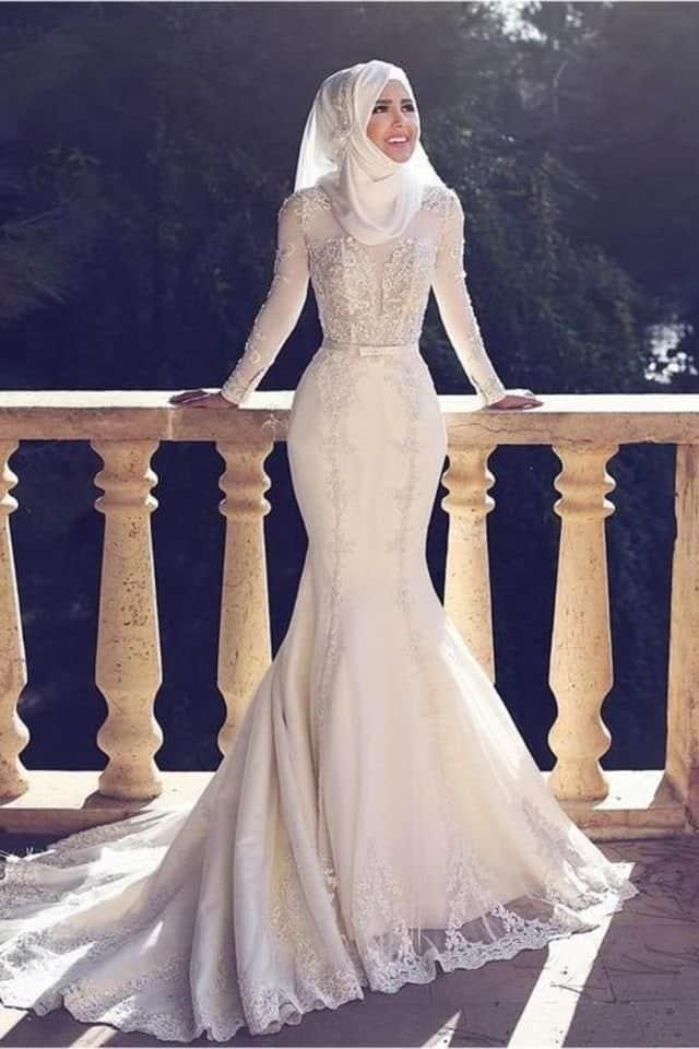 فستان عروس محجبة على شكل سمكة