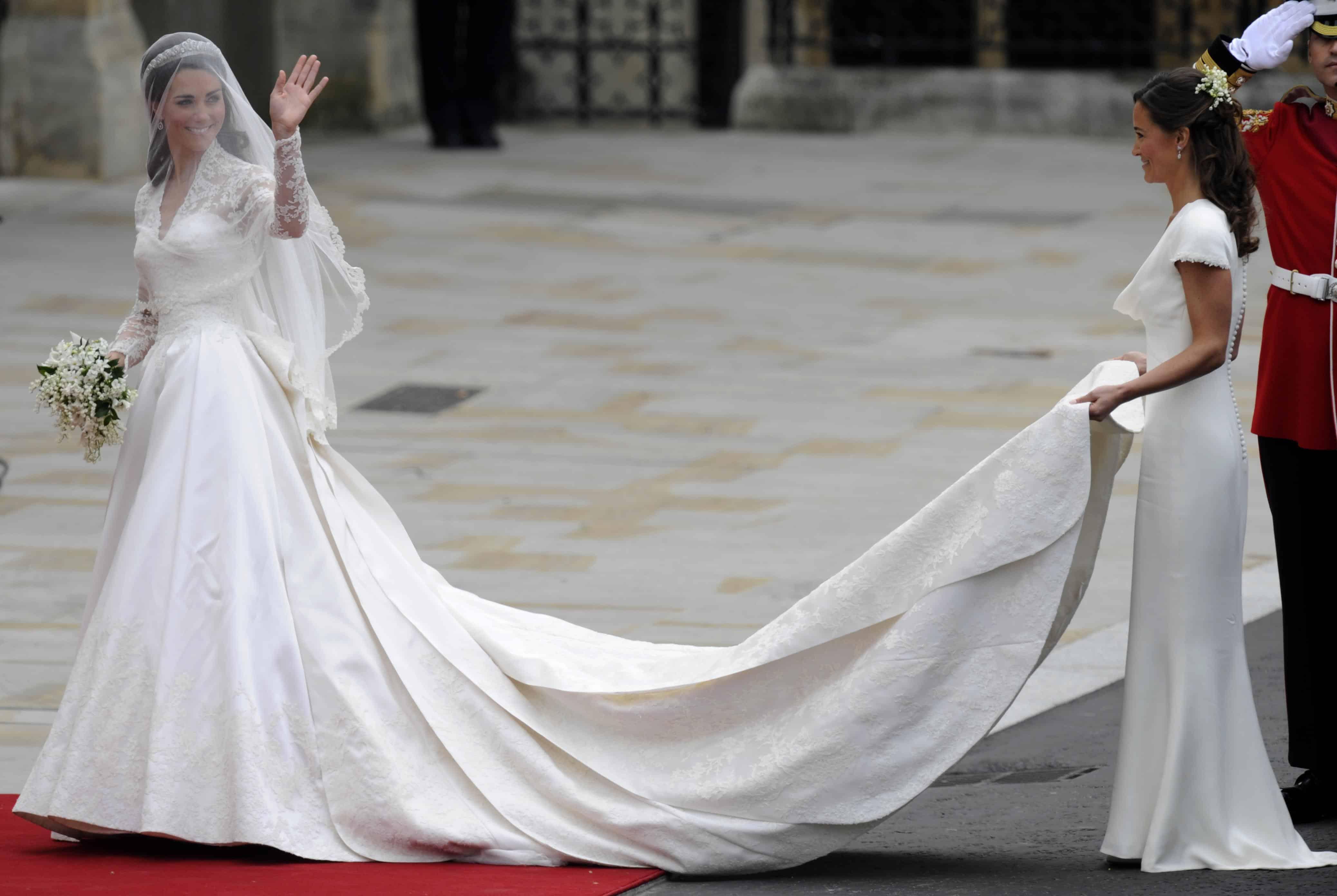 أغلى فساتين زفاف : فستان زفاف كيت ميدلتون