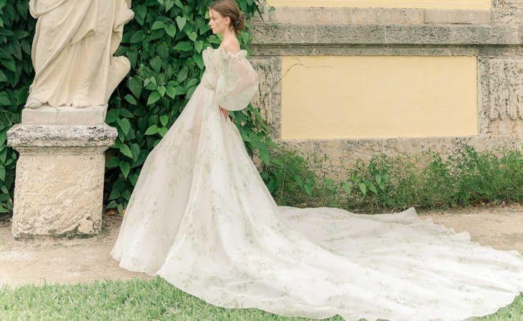 فساتين زفاف مونيك لويلير