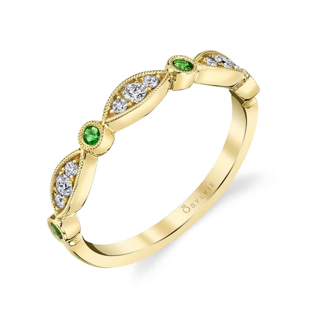خاتم زفاف من الذهب الأصفر والماس والزمرد