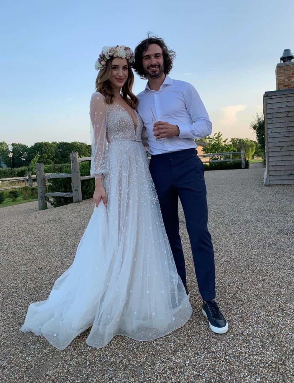 فستان زفاف روزي جونز