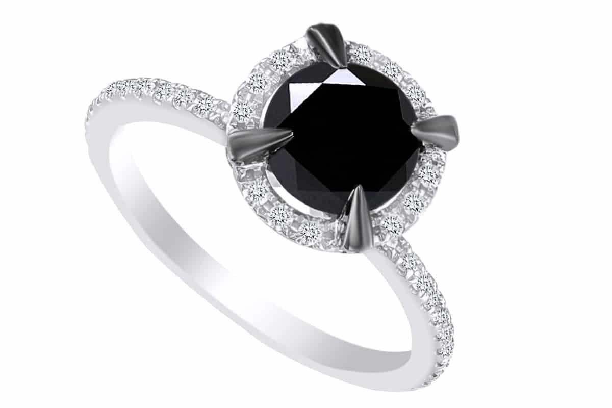 خاتم بفص أسود