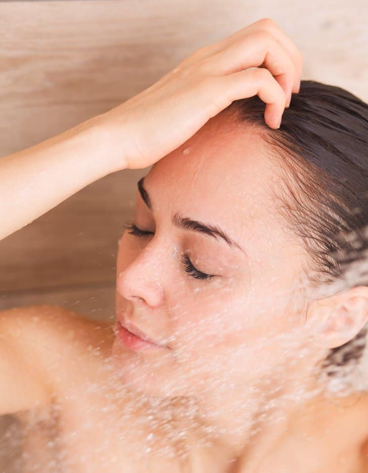 تطويل الشعر عبرغسله بالماء البارد