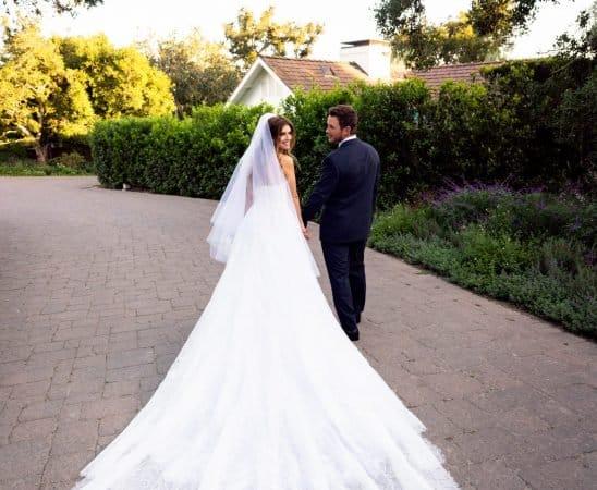 فساتين زفاف النجوم
