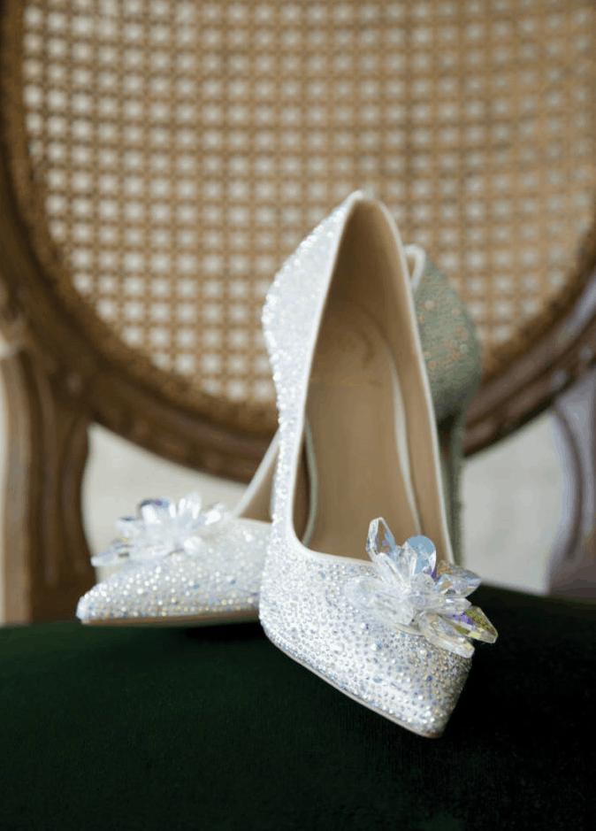 """أحذية زفاف من تصميم """"Le Chateau"""""""