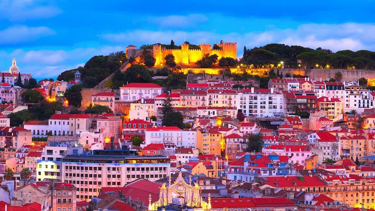 شهر العسل في البرتغال لشبونة
