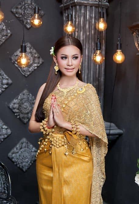 فستان زفاف عروس كمبوديا