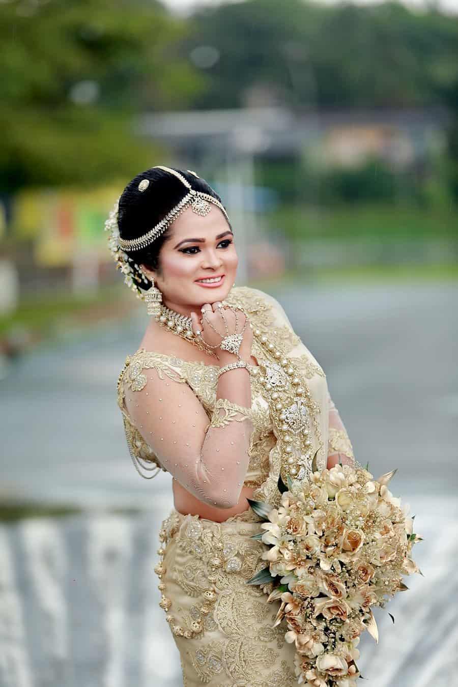 فستان زفاف عروس سيريلانكا