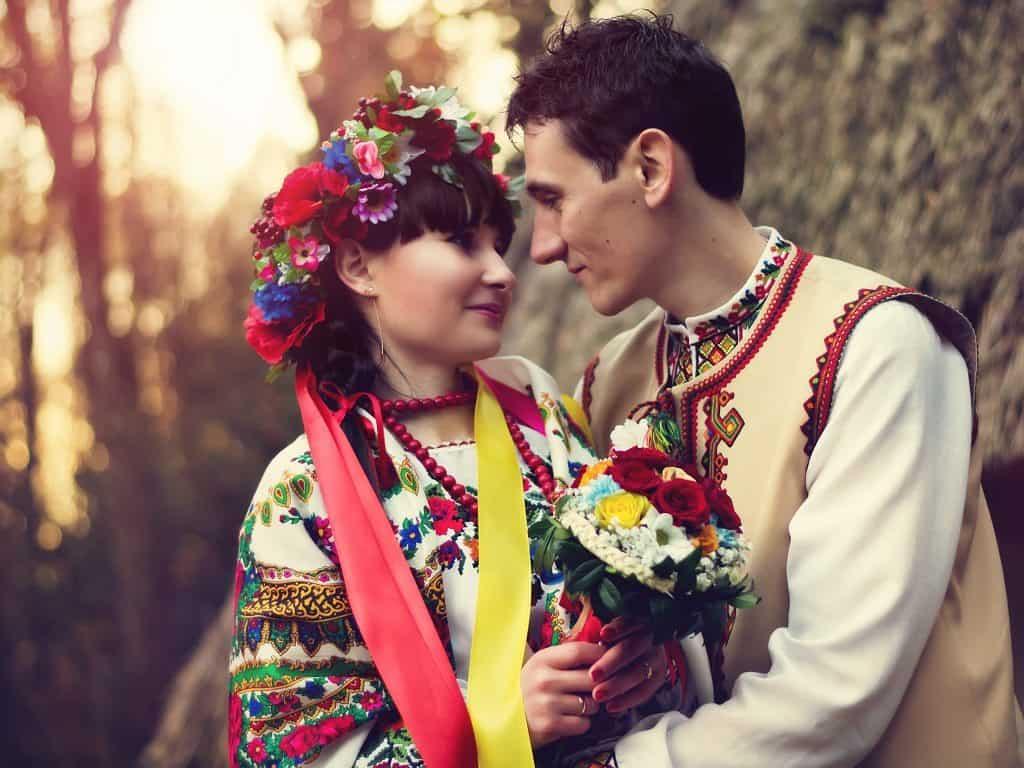 فستان زفاف عروس أوكرانيا