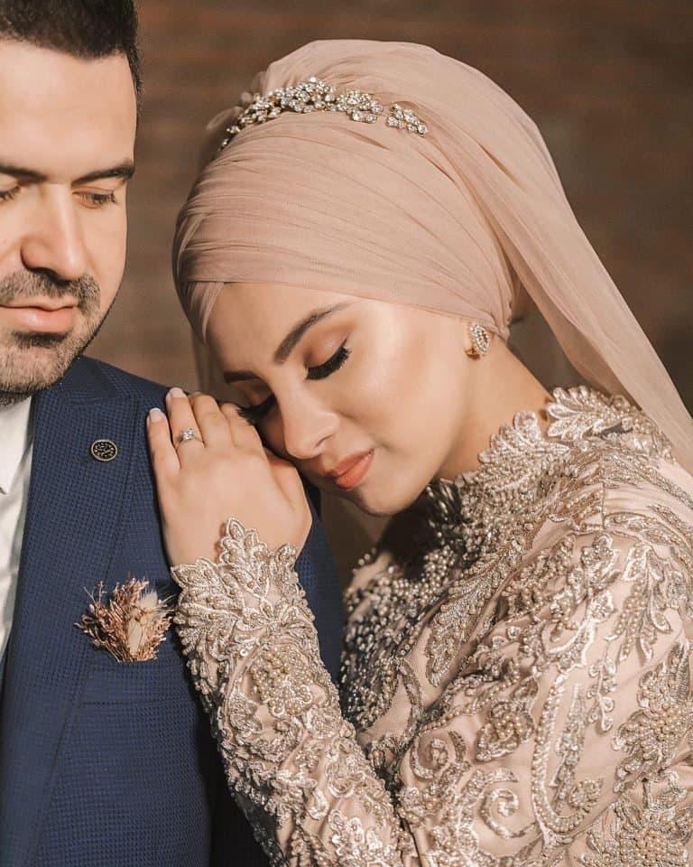لفات طرحة للعرائس مناسبة للتسريحات المرفوعة