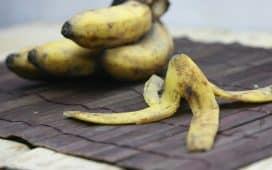 قناع قشر الموز