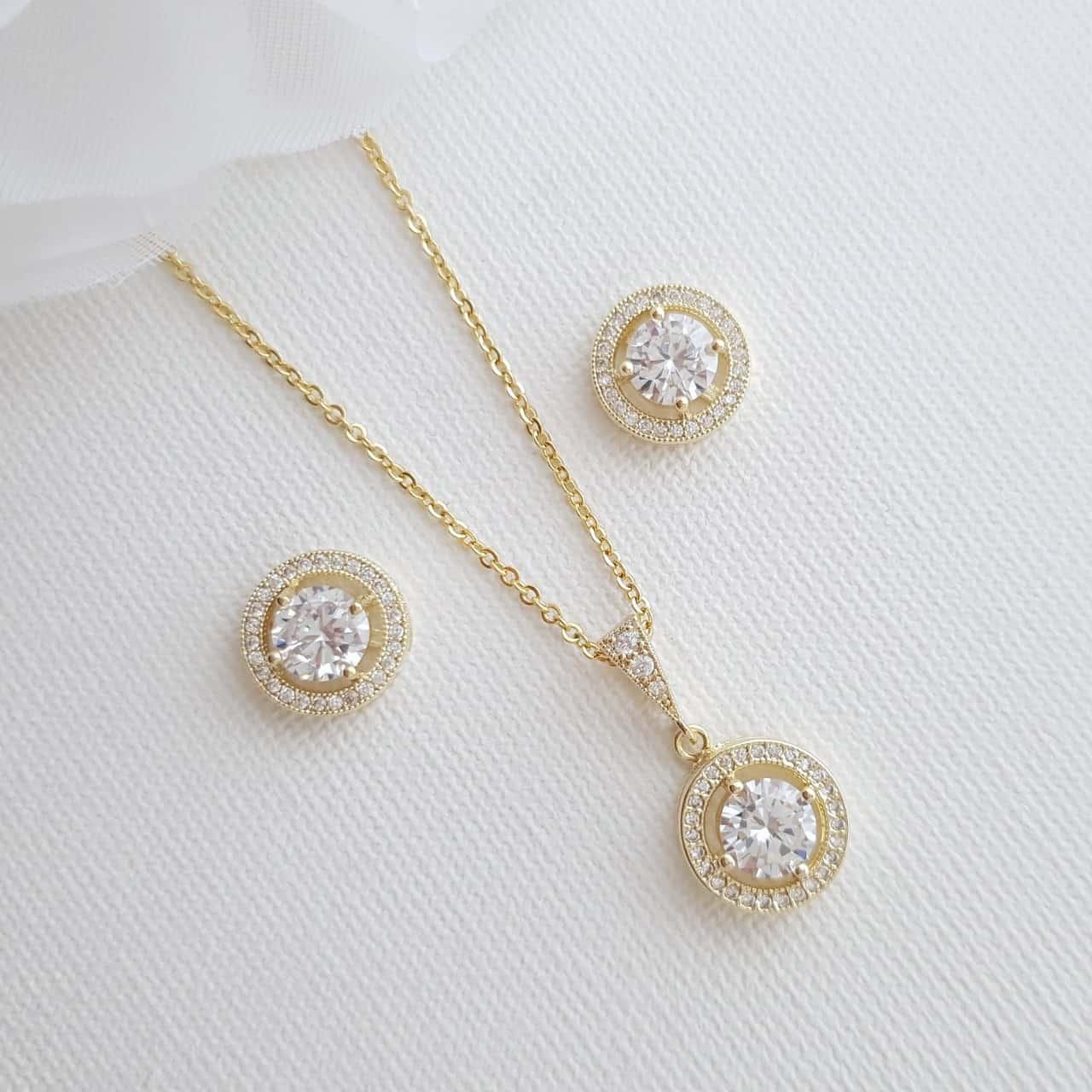 مجوهرات من الذهب الأصفر