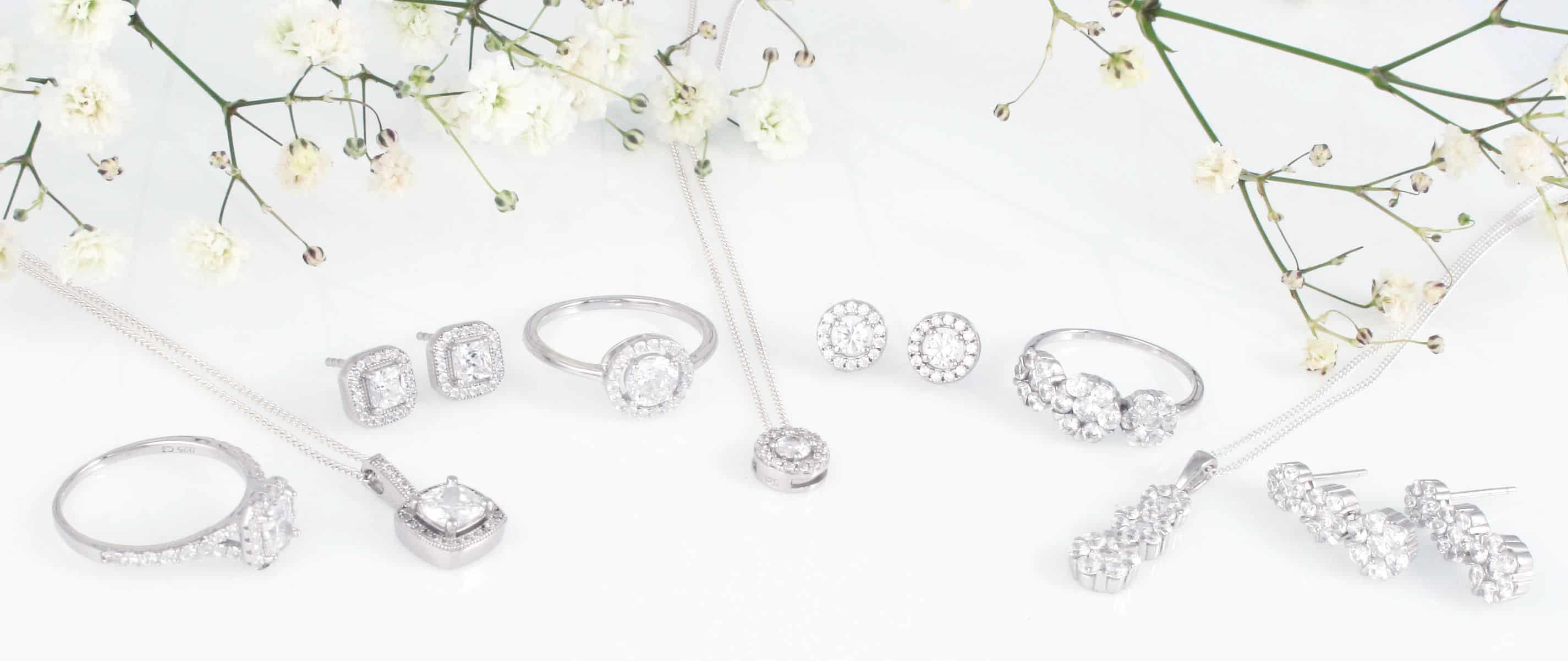 مجوهرات من الفضة