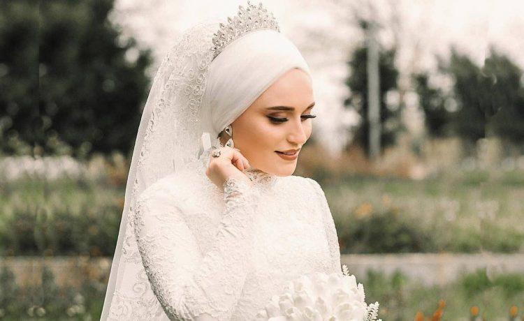 أفكار أنيقة لتنسيق تاج الزفاف مع الحجاب