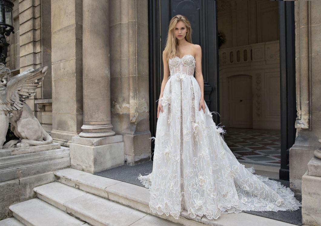 طرق اختيار فستان الزفاف عليك معرفتها
