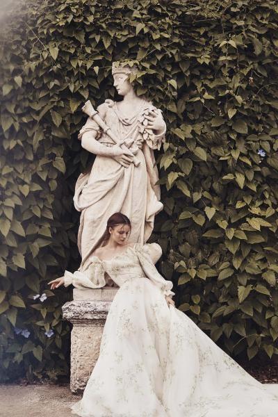 صيحات أكمام فساتين الزفاف الناعمة
