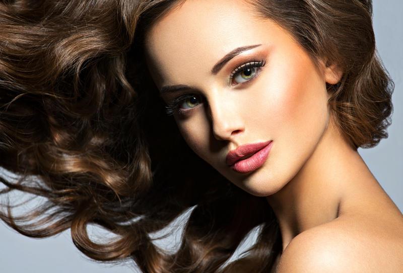 وصفات سحرية لترطيب الشعر عليك تجربتها