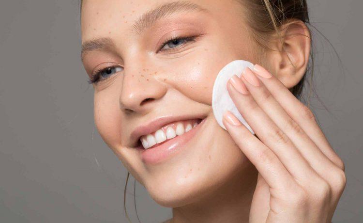 وصفات السكر لتقشير الوجه