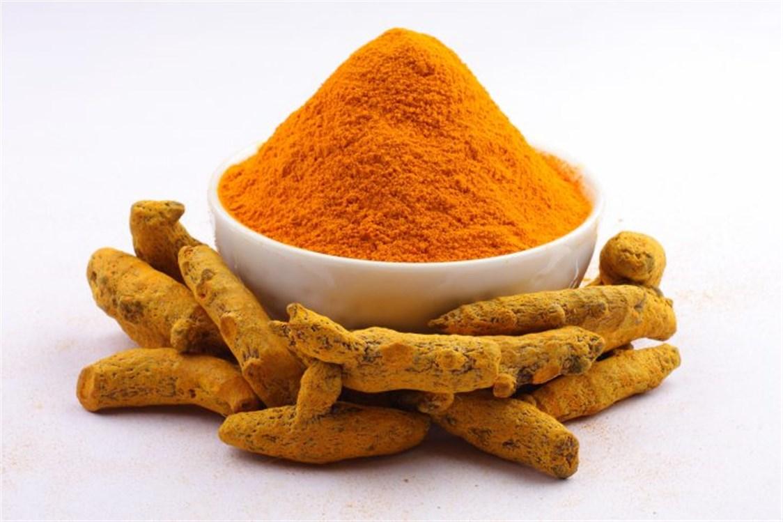 وصفة الكركم مع البرتقال للعناية بالبشرة الجافة