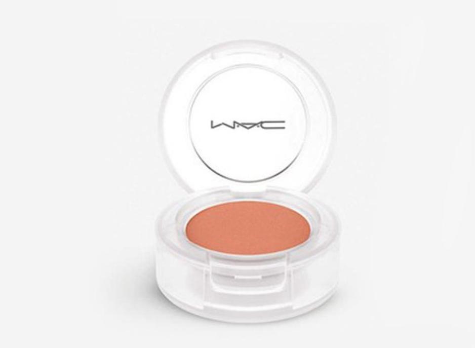 منتج MAC Glow Play Blush in Petal Pink